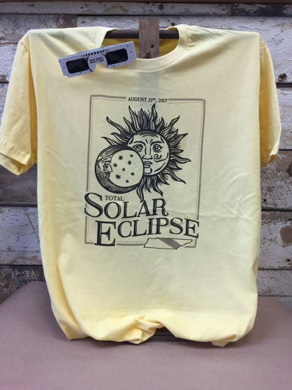 solar-eclipse-vintage-frame.jpg
